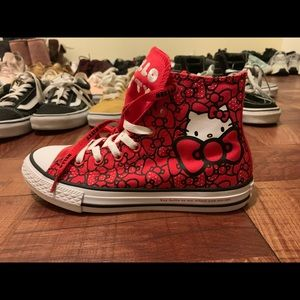 Converse CTAs HI Hello Kitty Red Youth Shoes